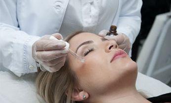 Expert em Despigmentação e Colorimetria Aplicada à Micropigmentação