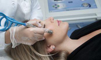 Microagulhamento Facial e Corporal
